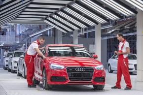 Německá policie prohledala továrnu Audi