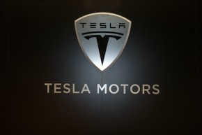 Tesla plans to build factory in Germany