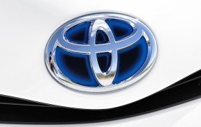 Toyota expands airbag recall to Europe