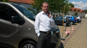 Šilha uvedl na trh Opel Vivaro v Čertousích