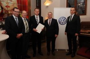 Volkswagen rozdával dealerům jehlice