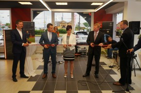 Nissan opens new dealership in Opava