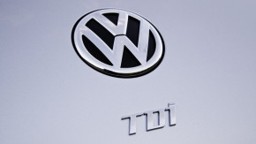 VW plans wave of dismissals following diesel scandal
