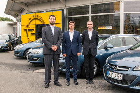 Opel sold 2000 cars to EPH company