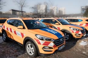 Hyundai delivers a car fleet to Road Management