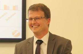 UniCredit naděluje 1 % zpět z nákupu platební kartou