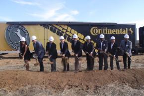 Continental začal stavět továrnu v Clintonu