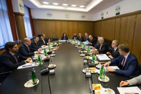 Premiér Sobotka navštívil ČNB