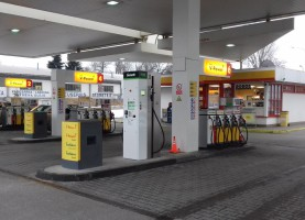 Bonett starts to build CNG stations at hypermarkets