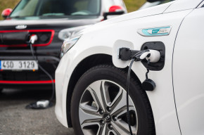 Největší podíl elektromobilů má v Evropě Norsko