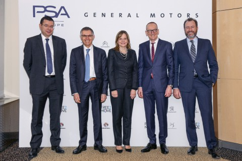 Press conference in Paris: From left, Jean-Baptiste De Chatillon (head of finance PSA); PSA Group CEO, Carlos Tavares; GM CEO, Mary Barra; Opel CEO, Dr. Karl-Thomas Neumann; and GM President, Dan Ammann.