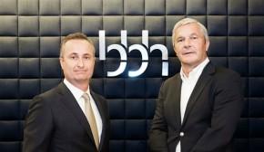 VW a Škoda čelí v Česku hromadné žalobě