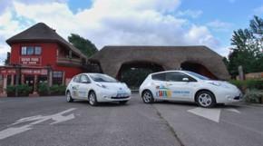 Nissan honí elektromobily ve Dvoře Králové