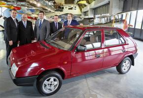 Škoda designer Hrdlička awarded by Parliament