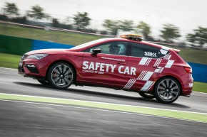 SEAT Cupra jako Safety Car superbiků