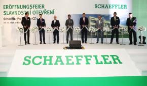 Schaeffler otevřel závod ve Svitavách