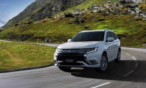 Mitsubishi chystá nový Outlander PHEV MY19