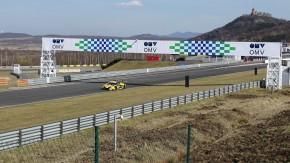 Autoshow ukončí závodní sezonu na autodromu