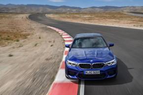 BMW M5 vítězem World Performance Car