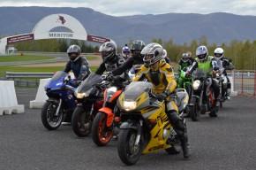 Autodrom nabídl motorkářům tlumiče a vložky do výfuku
