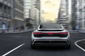 Audi cílí do roku 2025 na 800 000 elektromobilů