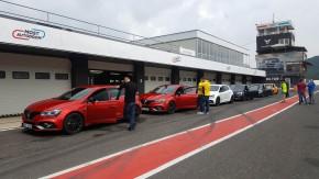Testy Renaultu Mégane RS v Mostě