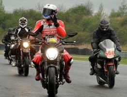 Motorkáři můžou nacvičit bezpečnou jízdu v Mostě
