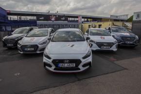 Hyundai vozil fotbalové hvězdy po Praze