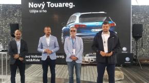 VW Touareg se ukázal ve Vodním domě