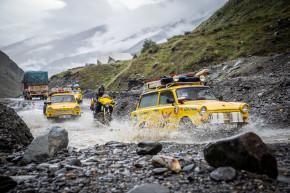 Žluté Trabanty objely svět, vrací se domů
