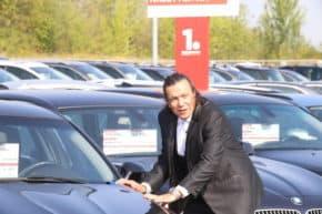 Auto ESA spustily online kampaň s Genzerem