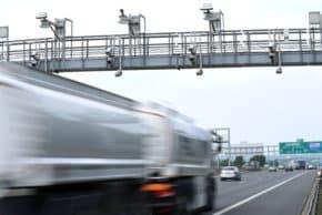 DKV: České kamiony jezdí stále kratší trasy
