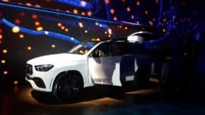 Mercedes-Benz předvedl nová SUV v Karlíně
