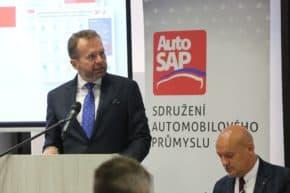AutoSAP: výroba vozidel za 8 měsíců mírně vzrostla