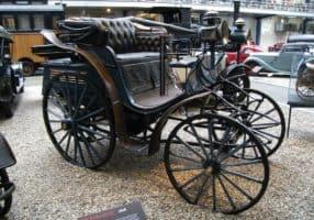 Historická jízda Benzu Victoria před 125 lety