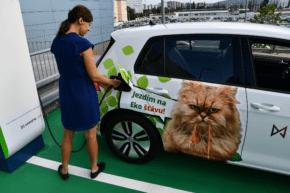 MONETA otevřela nabíječku pro elektromobily