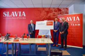 Slavia pojišťovna sponzorem Velké Pardubické