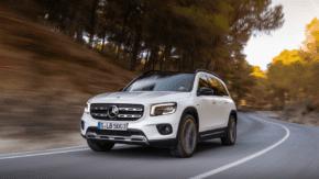 Mercedes-Benz GLB dorazil k prodejcům