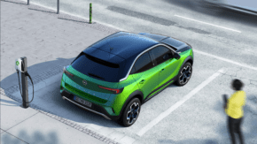 Opel ukázal první snímky nové Mokky