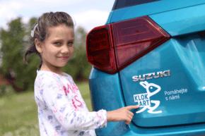 Suzuki pomáhá Fondu ohrožených dětí