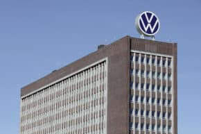 VW cuts output further over semiconductor shortage