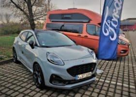 (Česky) Ford předvedl Pumu ST v Kobylisích