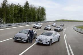 Mercedes vyřadí spalovací motory do 9 let