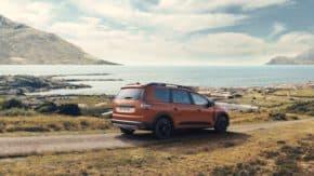 Dacia odhalila sedmimístný Jogger